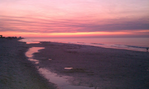 Monday Sunrise Beach and Surf Report 03/27/12