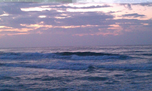 Thursday Sunrise Beach and Surf Report 03/29/12