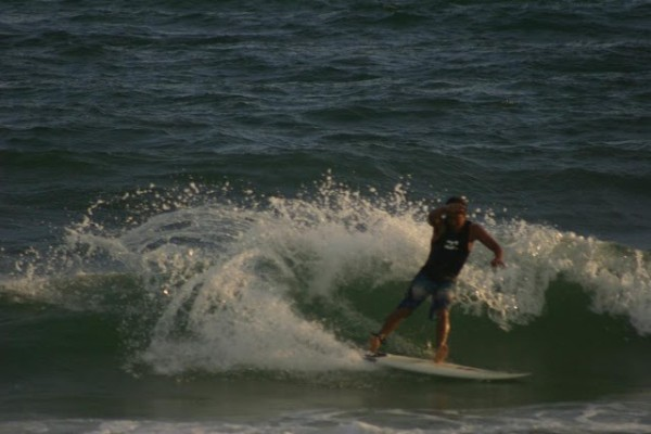 Thursday Evening Beach and Surf Report 04/05/12