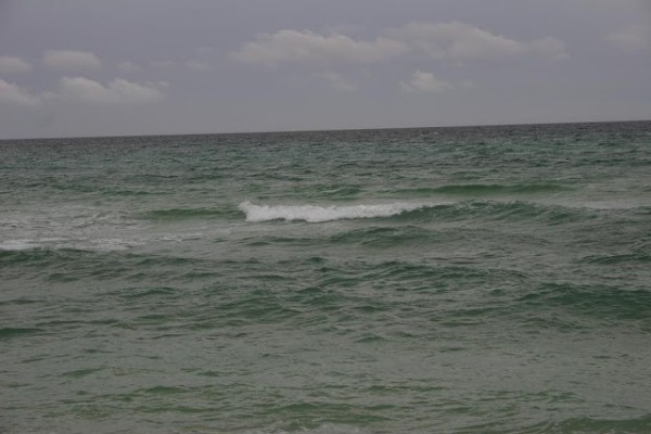 Thursday Midday Beach and Surf Report 04/05/12