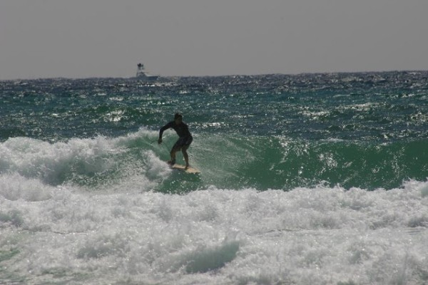 Saturday Noon Beach and Surf Report 04/07/12
