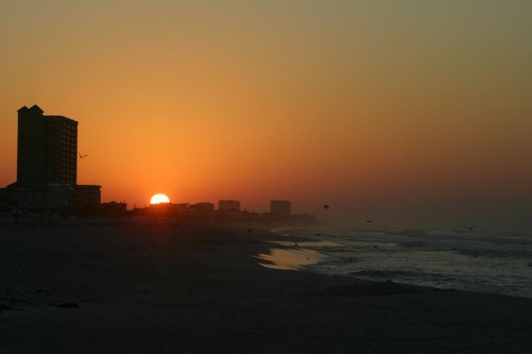 Tuesday Sunrise Beach and Surf Report 05/01/2012