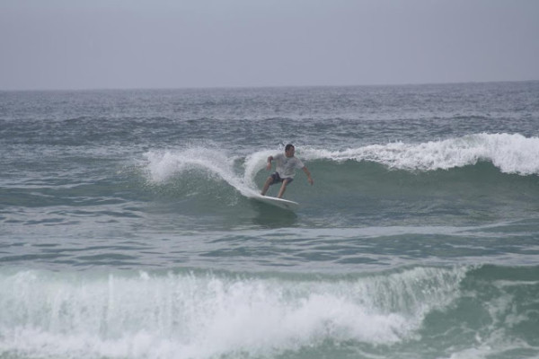 Thursday Mid Day Beach and Surf Report 06/07/2012