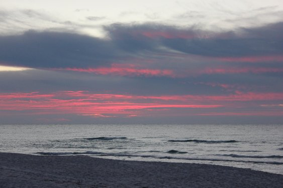 Friday Sunrise Beach and Surf Report 01/04/12