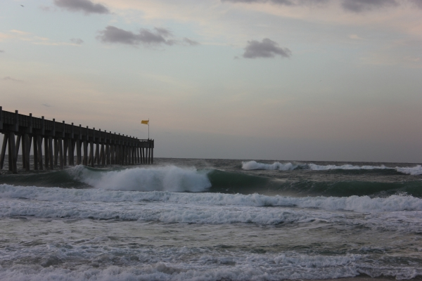 Tuesday Sunrise Beach and Surf Report 02/26/13