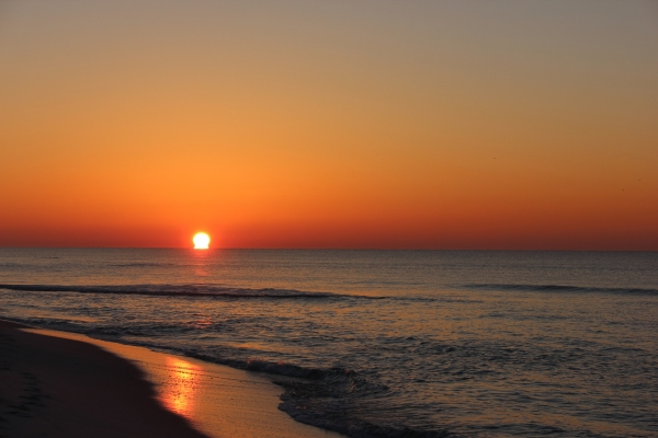Friday Sunrise Beach and Surf Report 02/15/13