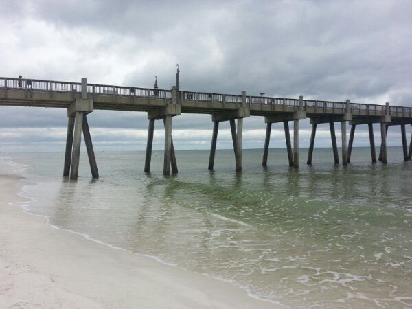 Friday Midday Beach and Surf Report 04/05/13