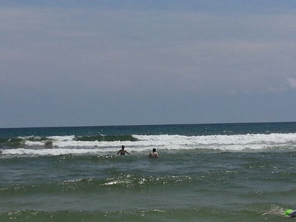 Sunday Midday Beach and Surf Report 07/28/13