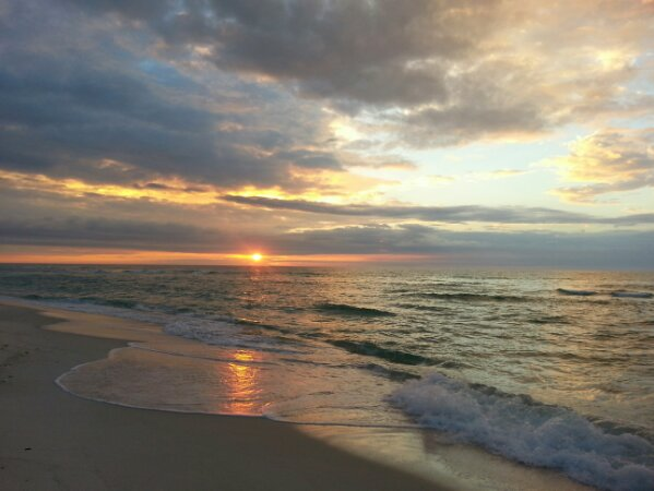 Monday Sunrise Beach and Surf Report 01/27/14