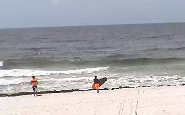 Friday Midday Beach and Surf Report 05/30/14