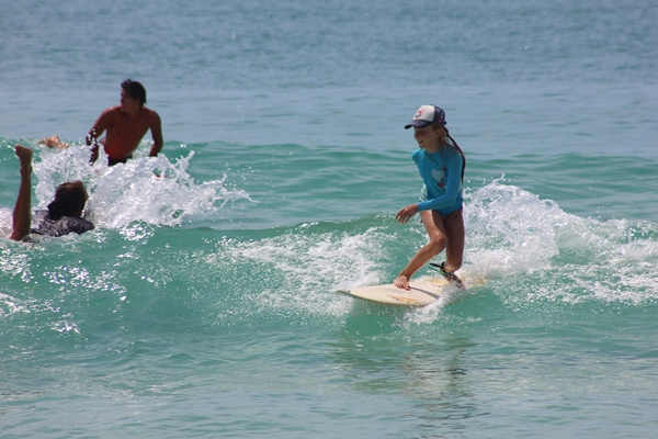 Thursday Midday Surfing Pictures on Pensacola Beach 08/28/14