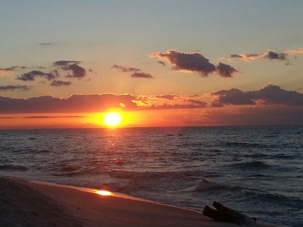 Tuesday Sunrise Beach and Surf Report 10/28/14