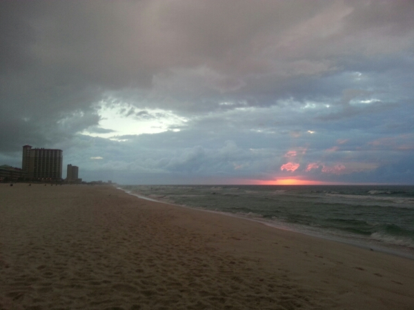 Wednesday Sunrise Beach and Surf Report 10/29/14