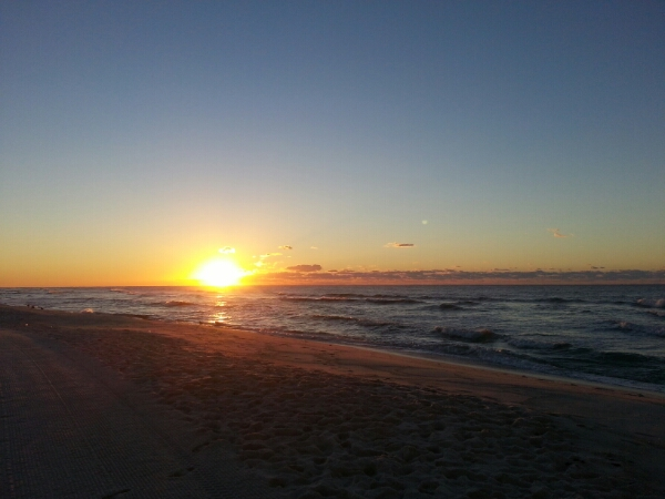 Wednesday Sunrise Beach and Surf Report 10/15/14