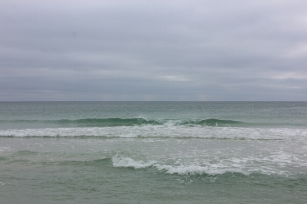 Tuesday Midday Beach and Surf Report 12/30/14