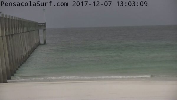 Thursday Afternoon Flat Surf and Frigid Beach Report 12/7/17